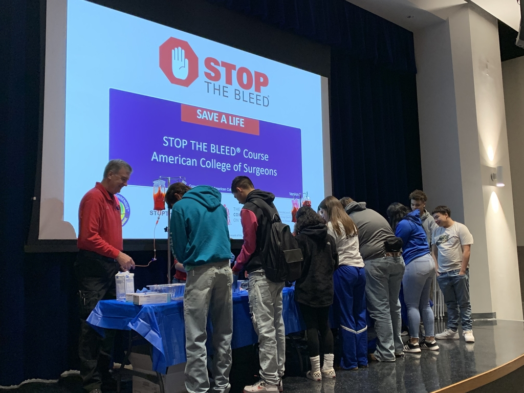 Sophomore Stop The Bleed Training