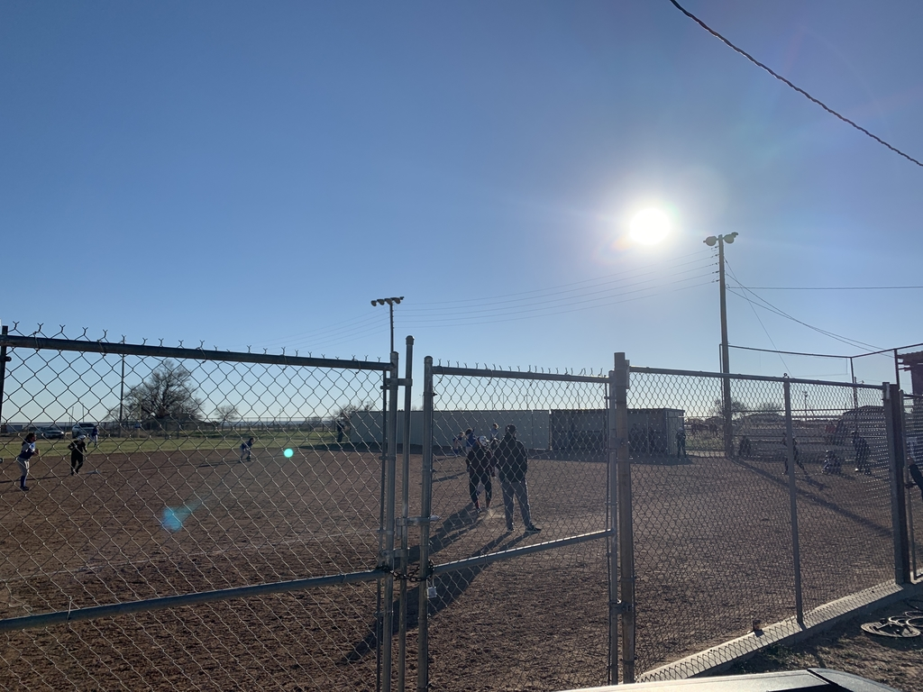 Lady Dog Softball 1st Home Scrimmage